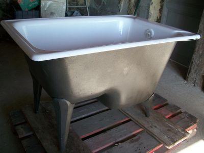 Baignoire en fonte ancienne r nov e recycl e baignoire for Salle de bain 1900